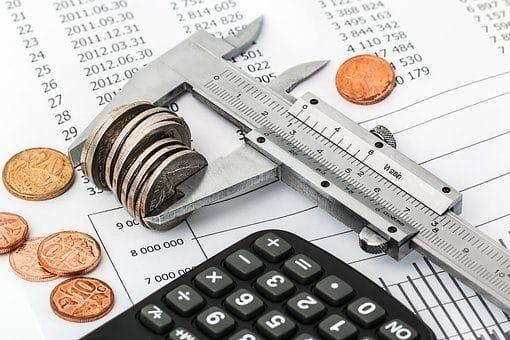 Des Économies, Budget, Investissement